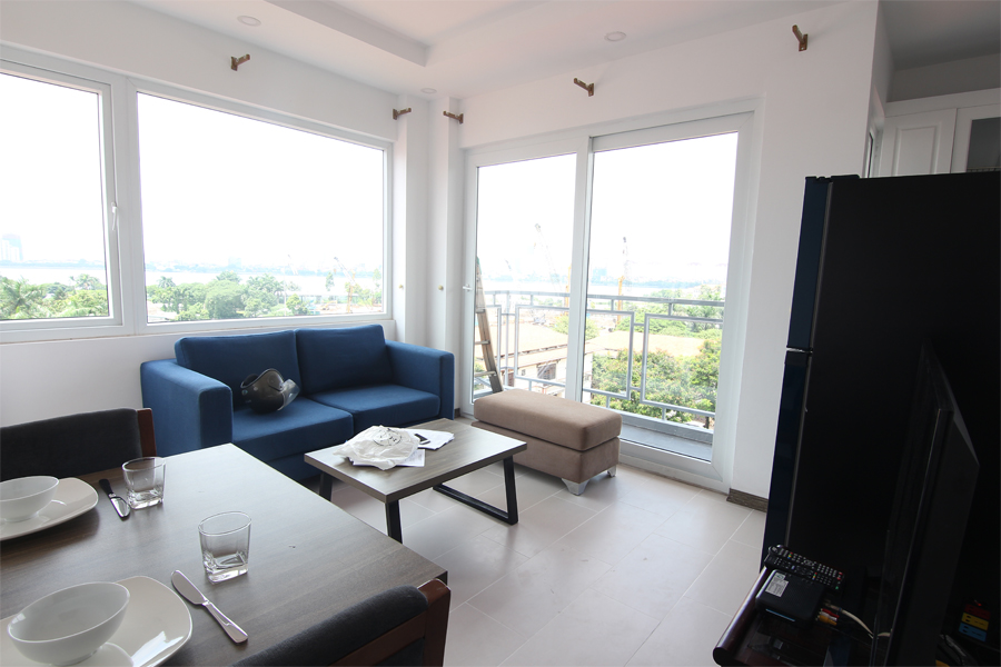 Bright 1 bedroom apartment  for rent on Dang Thai Mai street, Tay Ho district 2