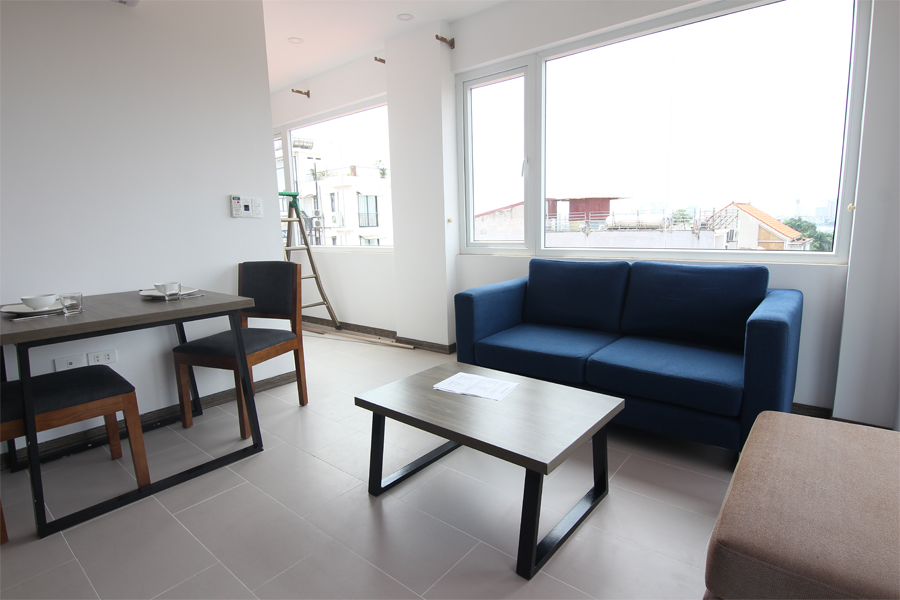 Bright 1 bedroom apartment  for rent on Dang Thai Mai street, Tay Ho district 3