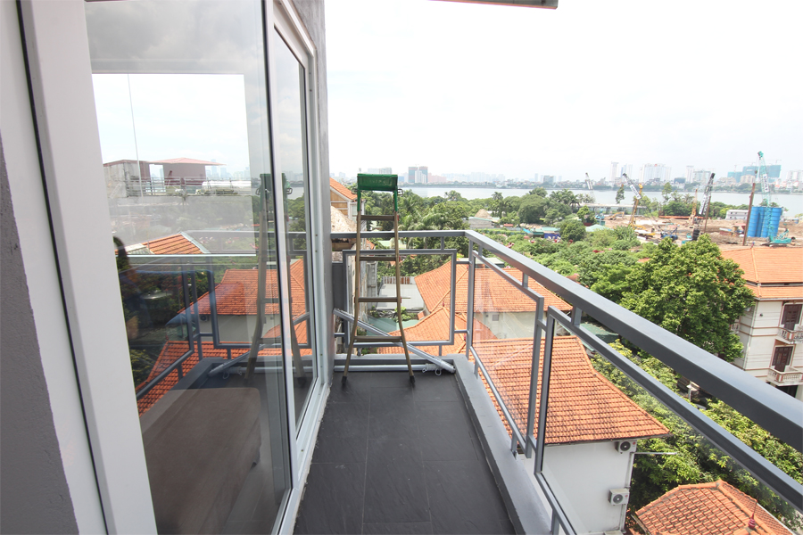 Bright 1 bedroom apartment  for rent on Dang Thai Mai street, Tay Ho district 5