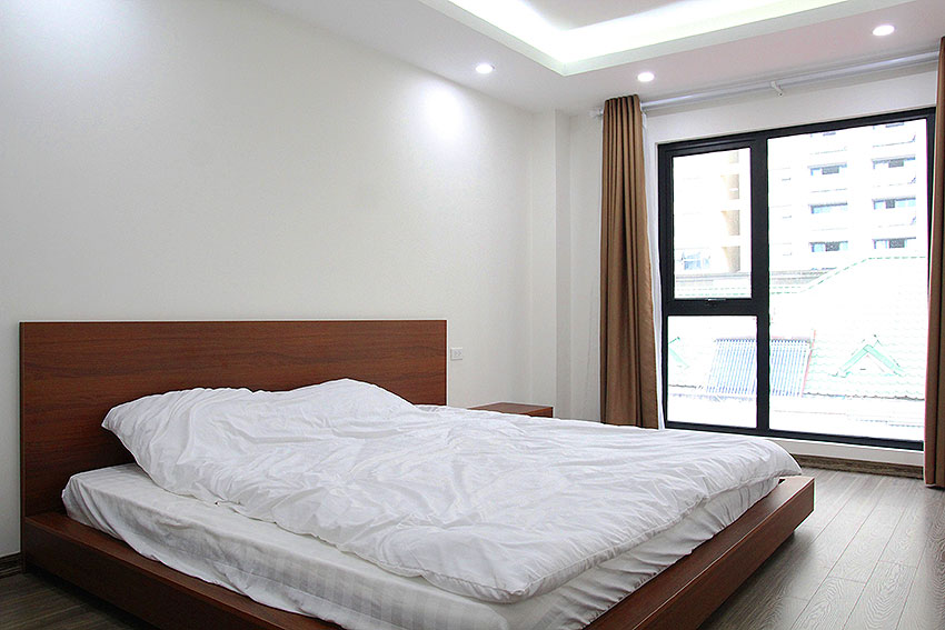 Bright 2 BRs apartment with awesome greenery view on Dang Thai Mai street, Tay Ho 10