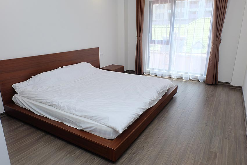 Bright 2 BRs apartment with awesome greenery view on Dang Thai Mai street, Tay Ho 13
