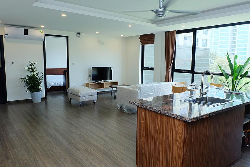 Bright 2 BRs apartment with awesome greenery view on Dang Thai Mai street, Tay Ho 5