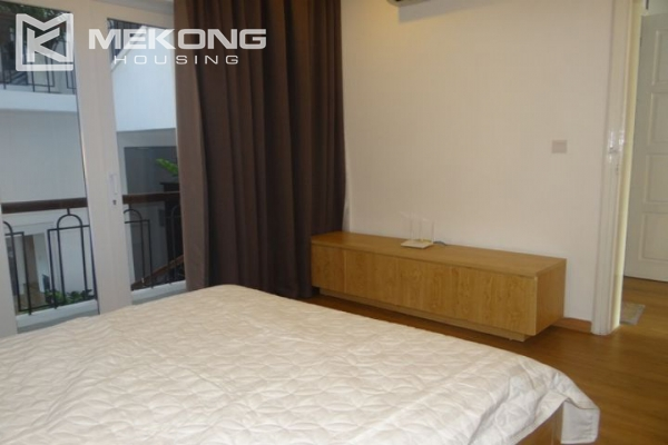 Bright and comfortable apartment for rent in Trieu Viet Vuong street 7
