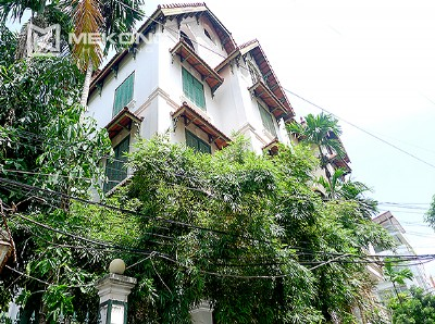 Bright and nice house in To Ngoc Van street for rent
