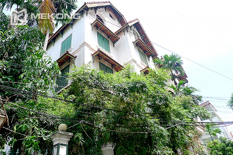 Bright and nice house in To Ngoc Van street for rent 1