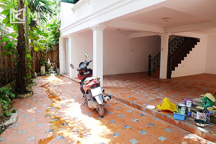 Bright and nice house in To Ngoc Van street for rent 2