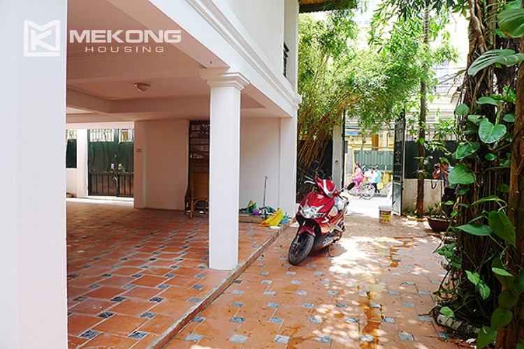 Bright and nice house in To Ngoc Van street for rent 3