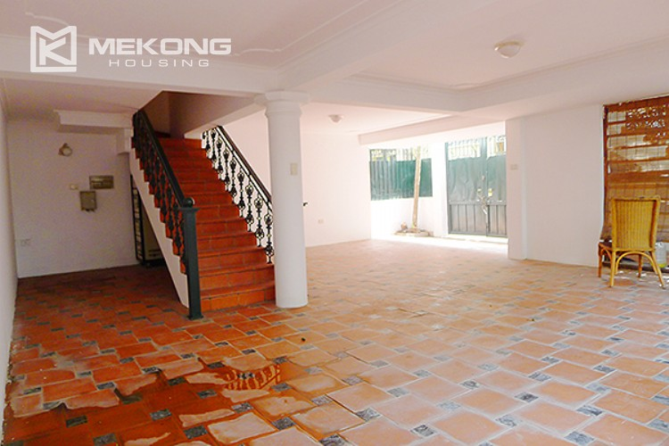 Bright and nice house in To Ngoc Van street for rent 5