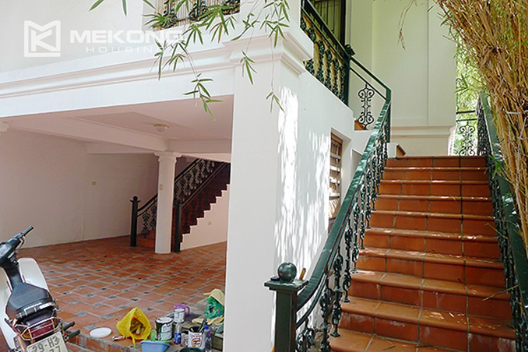 Bright and nice house in To Ngoc Van street for rent 6