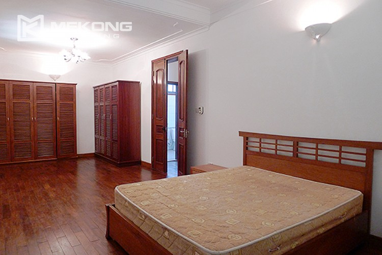 Bright and nice house in To Ngoc Van street for rent 21