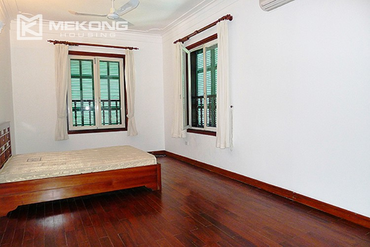 Bright and nice house in To Ngoc Van street for rent 29