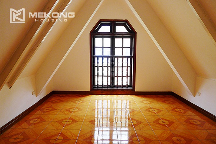 Bright and nice house in To Ngoc Van street for rent 33