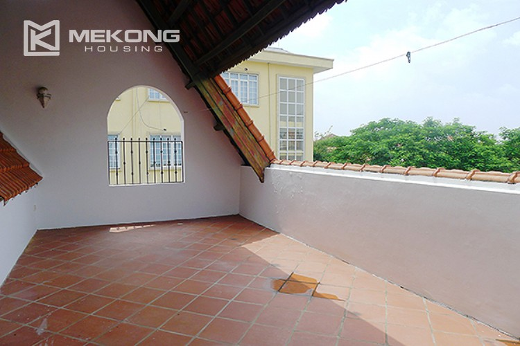 Bright and nice house in To Ngoc Van street for rent 35