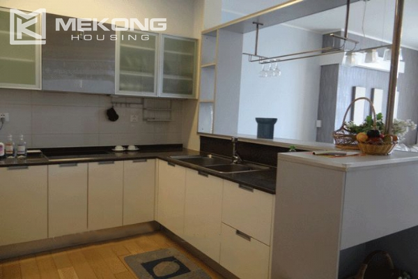 Bright apartment with 2 bedrooms for rent in Keangnam Landmark Hanoi 3