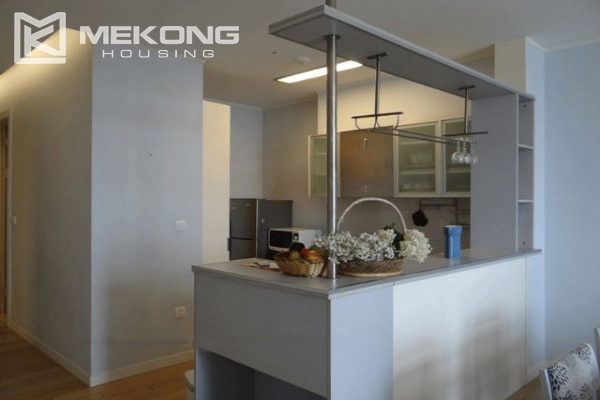Bright apartment with 2 bedrooms for rent in Keangnam Landmark Hanoi 4