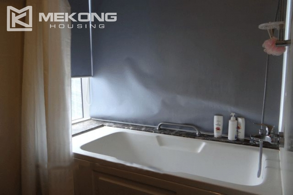 Bright apartment with 2 bedrooms for rent in Keangnam Landmark Hanoi 7