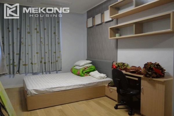 Bright apartment with 2 bedrooms for rent in Keangnam Landmark Hanoi 9