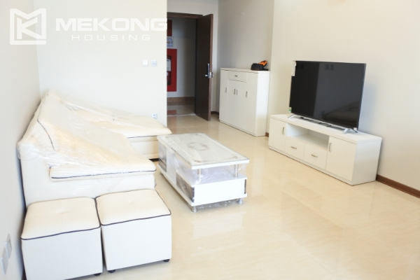 Bright apartment with 2 bedrooms for rent in Trang An Complex 6