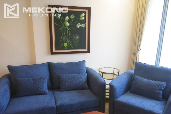 Bright apartment with 2 bedrooms for rent in Vinhomes Nguyen Chi Thanh, Hanoi 3