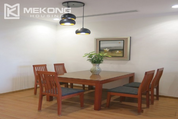 Bright apartment with 2 bedrooms for rent in Vinhomes Nguyen Chi Thanh, Hanoi 4