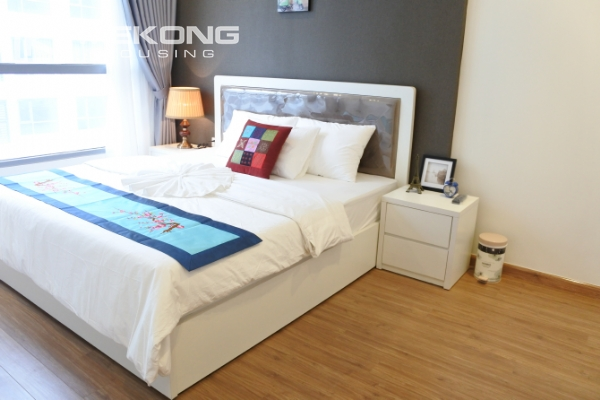 Bright apartment with 3 bedrooms and full furniture in Times City Hanoi 12