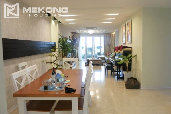 Bright apartment with 3 bedrooms for rent in P2 tower Ciputra Hanoi 1