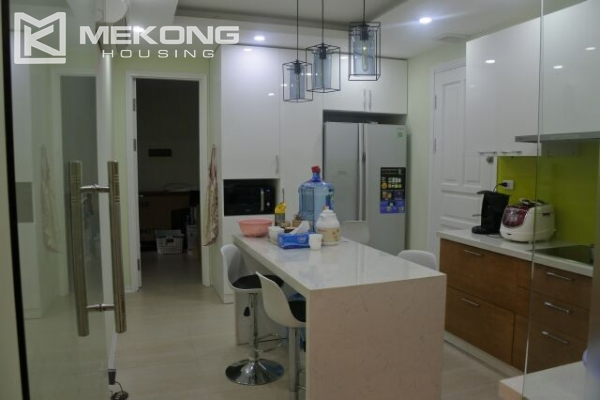 Bright apartment with 3 bedrooms for rent in P2 tower Ciputra Hanoi 7
