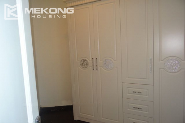 Bright apartment with 3 bedrooms for rent in Vincom tower, Hai Ba Trung district 12