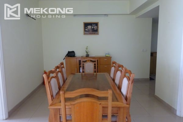 Bright apartment with 4 bedrooms on high floor in E4 tower Ciputra Hanoi 4