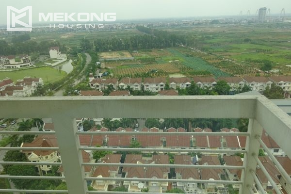 Bright apartment with 4 bedrooms on high floor in E4 tower Ciputra Hanoi 17