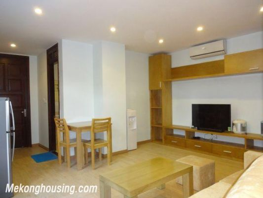 Bright serviced apartment with 1 bedroom for rent in Thuy Khue street, Tay Ho district, Hanoi 3