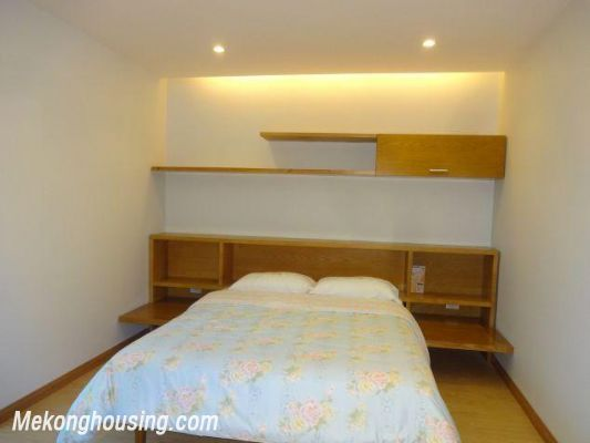 Bright serviced apartment with 1 bedroom for rent in Thuy Khue street, Tay Ho district, Hanoi 7