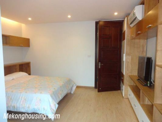 Bright serviced apartment with 1 bedroom for rent in Thuy Khue street, Tay Ho district, Hanoi 8
