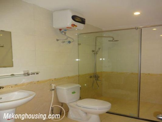 Bright serviced apartment with 1 bedroom for rent in Thuy Khue street, Tay Ho district, Hanoi 9