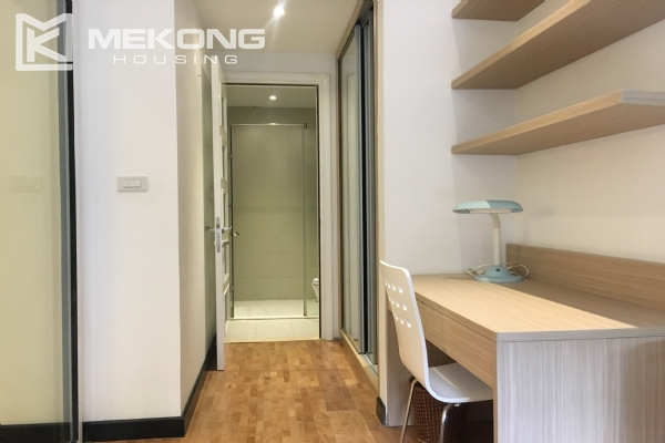 Bright serviced apartment with 1 bedroom in Vong Thi, Tay Ho district 4
