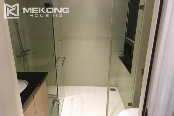 Bright serviced apartment with 1 bedroom in Vong Thi, Tay Ho district 5