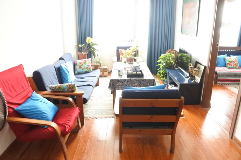 Budget apartment with 2 bedrooms for rent in Packexim 2 tower, An Duong Vuong street, Tay Ho district