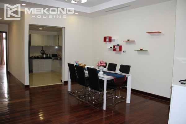 Charming apartment with 2 bedrooms on high floor for rent in Royal City, Thanh Xuan district 3