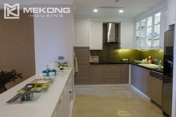 Charming apartment with 4 bedrooms and nice view in L tower, Ciputra Hanoi 10