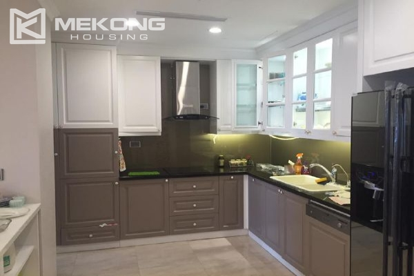 Charming apartment with 4 bedrooms and nice view in L tower, Ciputra Hanoi 11