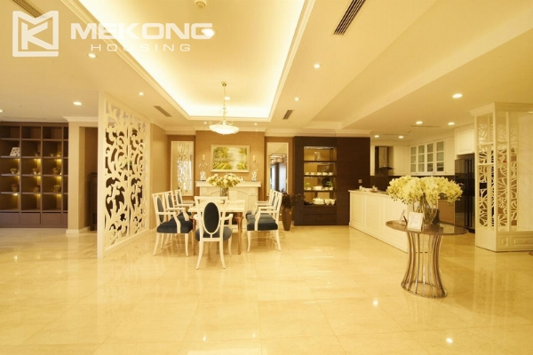 Charming apartment with 4 bedrooms and nice view in L tower, Ciputra Hanoi 5