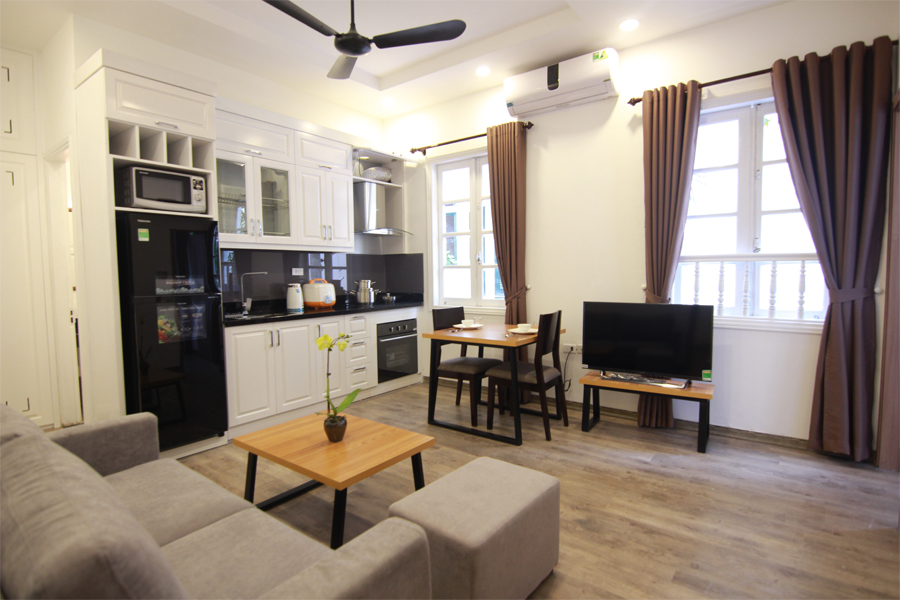 Charming serviced apartment with 1 bedroom for rent on To Ngoc Van street, Tay Ho district 1