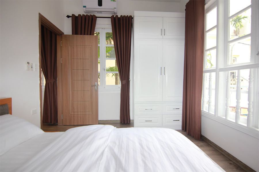 Charming serviced apartment with 1 bedroom for rent on To Ngoc Van street, Tay Ho district 5