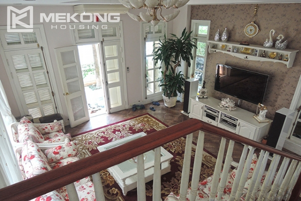 Charming villa with 5 bedrooms and modern furniture in T block, Ciputra Hanoi 1