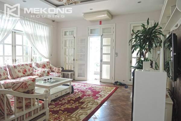Charming villa with 5 bedrooms and modern furniture in T block, Ciputra Hanoi 2