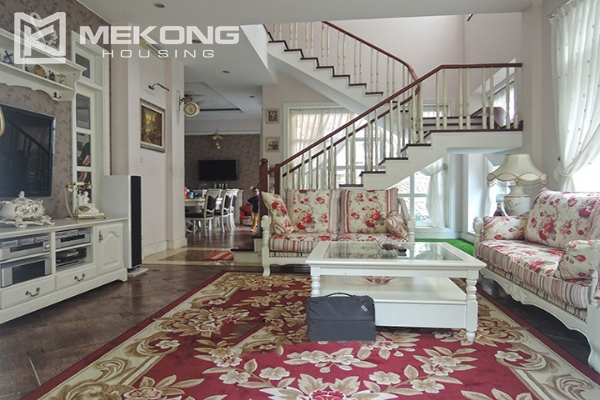 Charming villa with 5 bedrooms and modern furniture in T block, Ciputra Hanoi 3