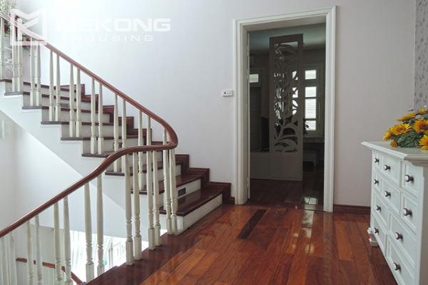 Charming villa with 5 bedrooms and modern furniture in T block, Ciputra Hanoi 14