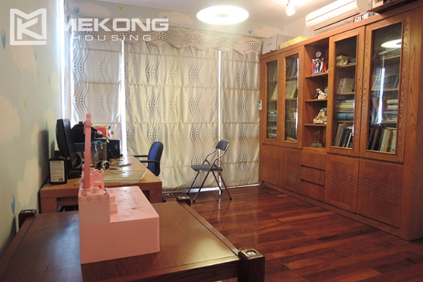 Charming villa with 5 bedrooms and modern furniture in T block, Ciputra Hanoi 18