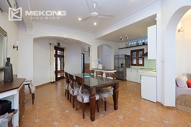 Charming villa with lake view and garden for rent in Tay Ho district 4