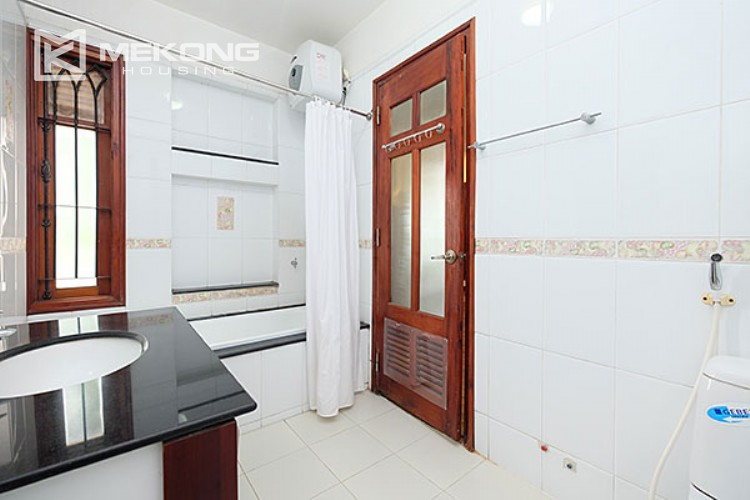 Charming villa with lake view and garden for rent in Tay Ho district 7